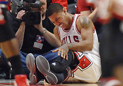 derrick-rose-torn-acl